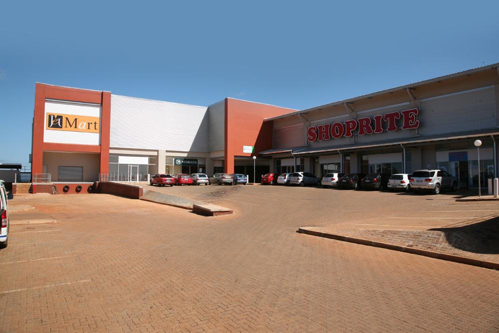 Nongoma Shopping Centre - Amakhaza Moia